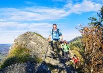 Großansicht Wandern am Berg
