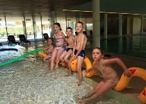 Großansicht Kinder im Wasser