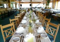 Großansicht Speisesaal für die Hochzeit im Hochhäderich