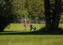 Großansicht Frau im Bregenzer Golfpark