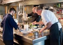 Großansicht Küchenmitarbeiter